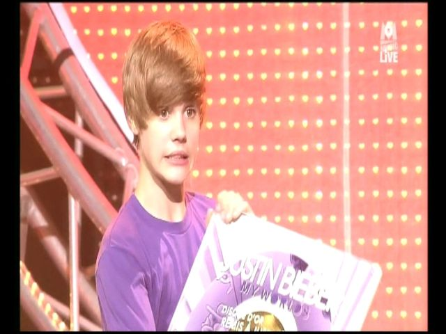 Justin Bieber receive One Gold Record for My Wolrds