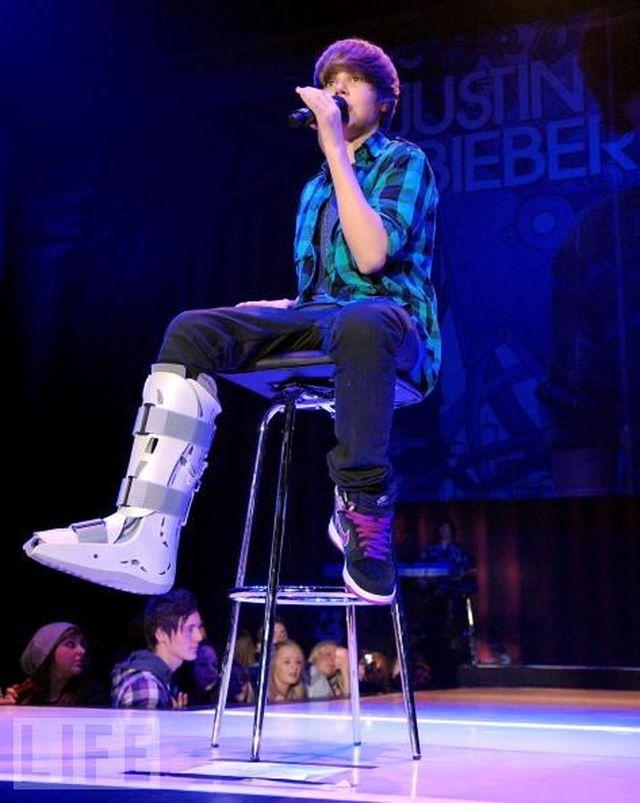 Justin Bieber hero 1