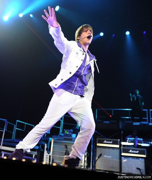 Justin+Bieber+Concert+June+24+2010+5J6keNXBuTcl