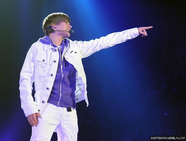 Justin+Bieber+Concert+June+24+2010+f4ZhTmiUtdNl